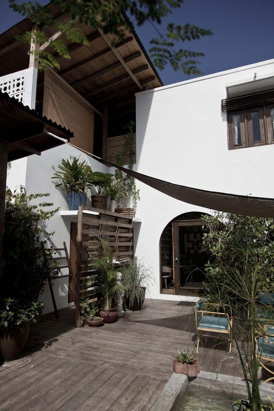 Luisa De Marco Brick House In Stockings
