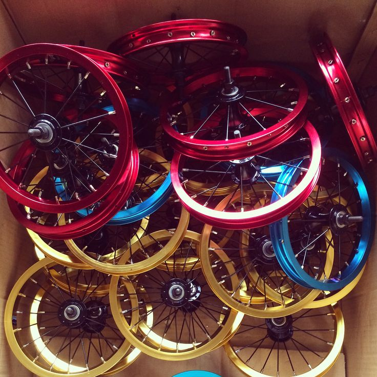 "These color 12"" wheel sets are for push bikes. #pushbike #kidbike #kidbikeforfun #rims #colorrims #newsonsportec #goldcolor #bluecolor #redcolor"