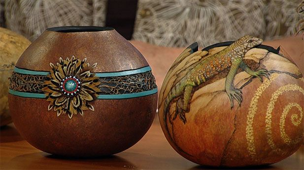 17 best images about gourd carving art on pinterest for Where to buy gourds for crafts