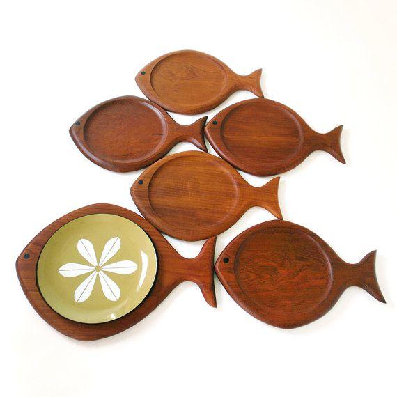 MidCentury Modern Galatix Teak Fish Platter by RattyAndCatty, $320.00