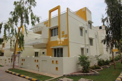 Get villas for sale in Rampally near Infosys campus, Ghatkesar from Modi Builders, one of the top builders in Hyderabad who provides villas at reasonable prices. For more details visit: http://www.modibuilders.com/current_projects/golden_county/
