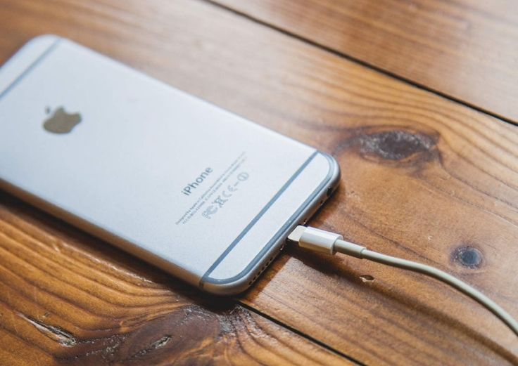 """Much like old humans, old iPhones have a tough time holding their juice — and part of the reason why is how you charge them. """"Charging my phone is a breeze,"""" you say. """"What …"""
