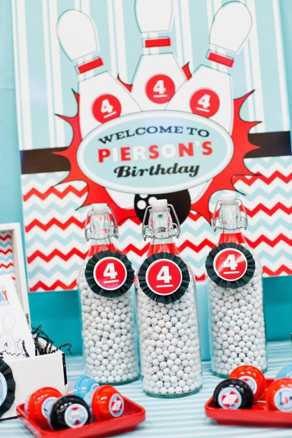 This RETRO BOWLING 4TH BIRTHDAY PARTY featured on Kara's Party Ideas- www.KarasPartyIdeas.com will blow you away! SO so cute. If you're planning a party for a boy, or anyone for that matter, check this out!