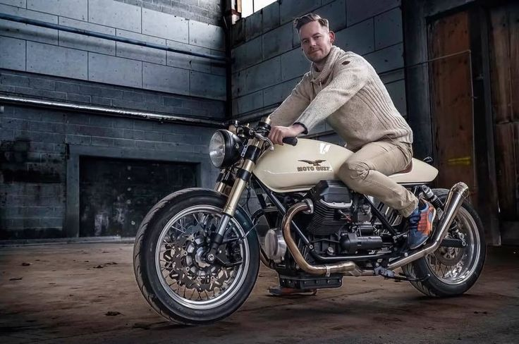 Moto Guzzi 1000 SP II Cafe Racer by Michael Lind - Photo by Claus Christensen #motorcycles #caferacer #motos | caferacerpasion.com
