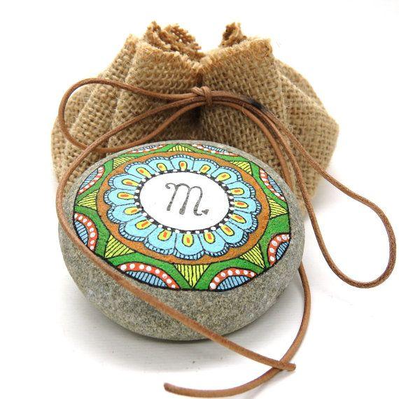 Mandala Segno zodiacale. Vergine. Disegnato a di LoveStonesColour