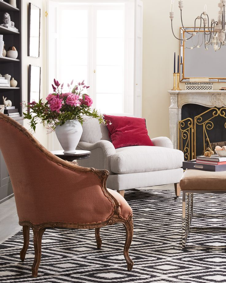 1000 ideas about living room furniture layout on for Website to help arrange furniture