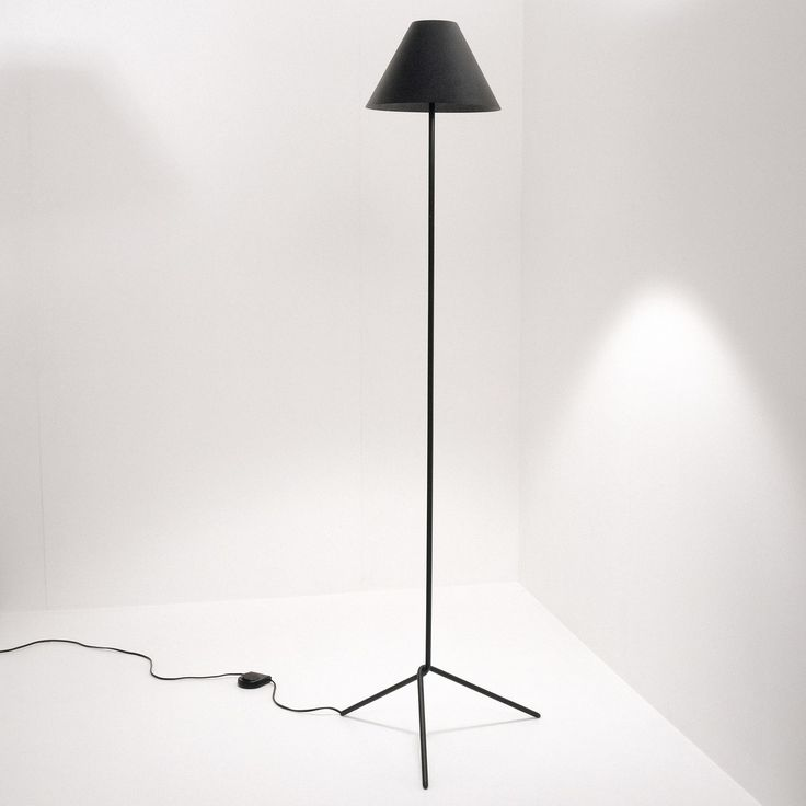 Shady Floor Lamp — ISM OBJECTS