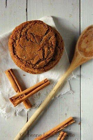 Ciasteczka pełne świątecznego nastroju. Kosztując ich z zewnątrz poczujecie chrupiące drobinki cukru, a w środku znajdziecie aromatyczn...