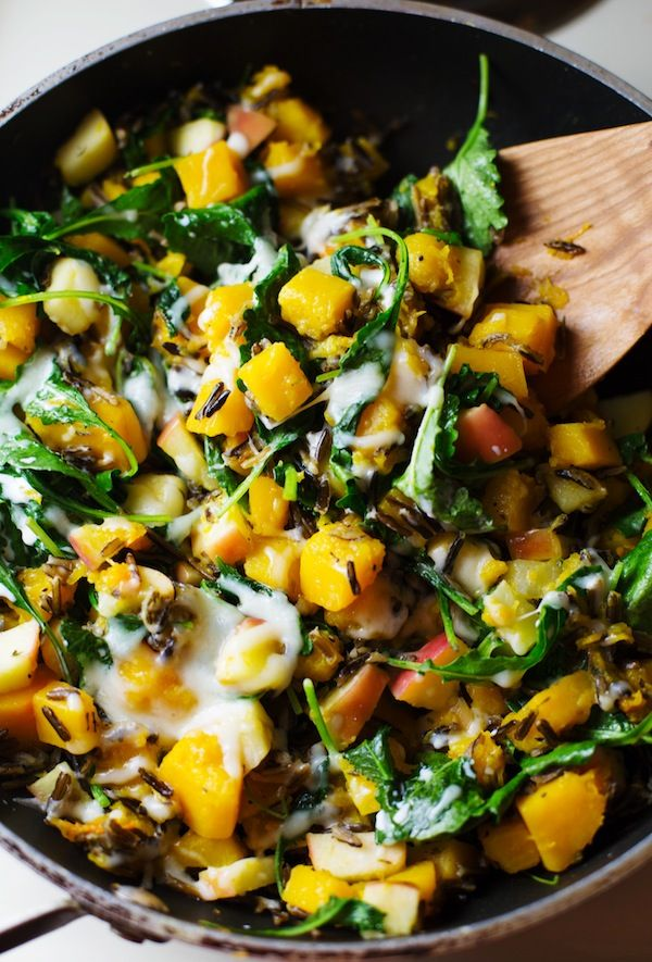 Harvest Wild Rice Skillet: a 30-minute vegetarian dinner featuring the best foods of fall. 230 calories. | pinchofyum.com
