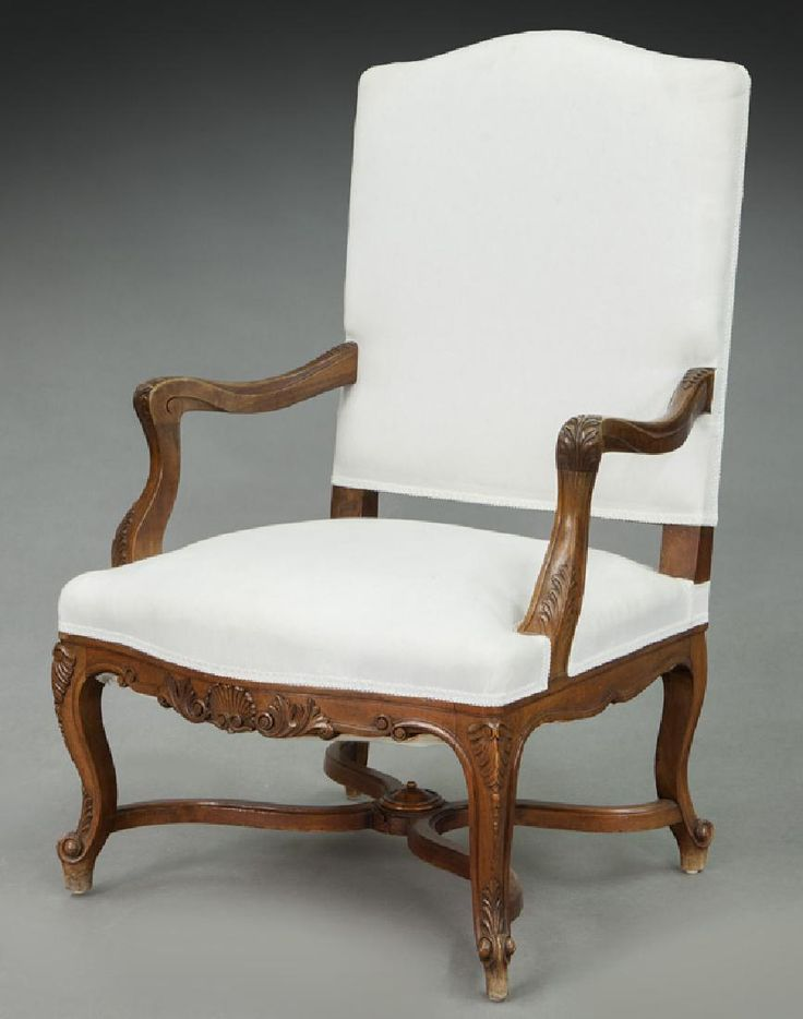 Lot: French carved walnut open armchair, Lot Number: 0016, Starting Bid: $50, Auctioneer: Dallas Auction Gallery, Auction: The Philip Maia Collection - Session One, Date: January 25th, 2017 CST