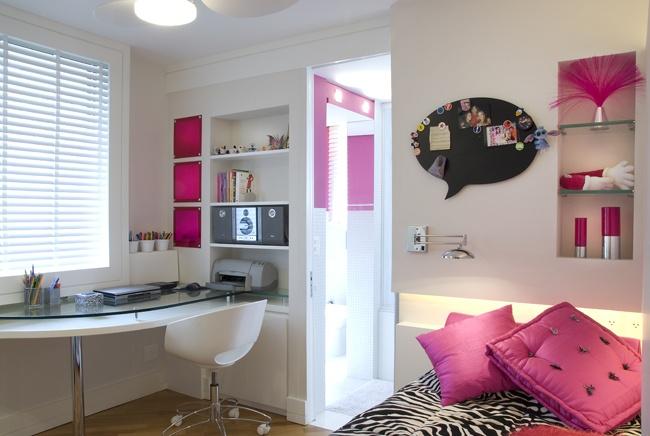 quarto de menina, branco, rosa