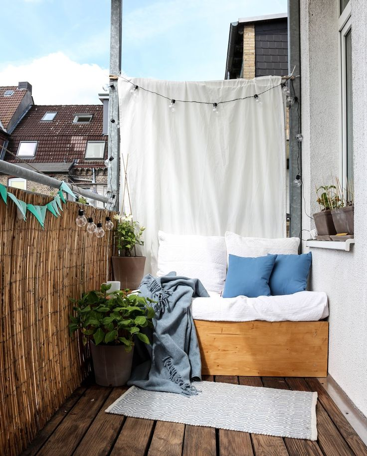 Eine kleine Oase in der Stadt- mein Balkon  www.mintundmeer.de instagram.com/mintundmeer