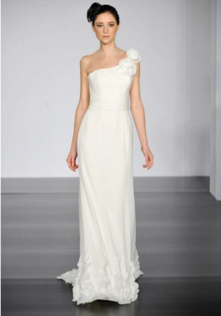 one shoulder dresses are stunning!