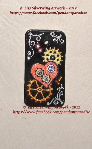 'Painted steampunk style pendant- also read descr' is going up for auction at  1pm Thu, Aug 23 with a starting bid of $20.