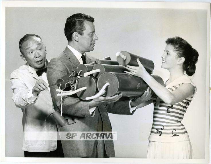 1959 RARE Photo NOREEN CORCORAN - JOHN FORSYTHE - SAMMEE TONG - BACHELOR FATHER