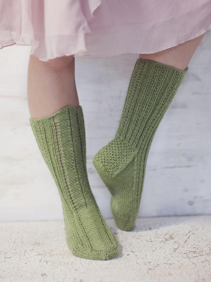 Keskikuviosukat Novita 7 Veljestä | Novita knits