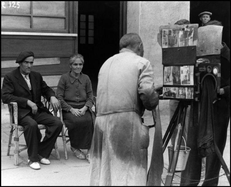 Spain - 1938. - GC - Barcelona. - @ David Seymour