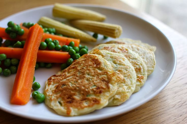 mamacook: Vegetable fritters - great for babies and toddlers on finger foods