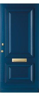 Een Romantisch hardhouten deur waar glas optioneel kan worden toegevoegd met of zonder rooster. De lijsten hebben een ronde profilering. Geïnteresseerd in deze deur + montage ervan in uw huis? Neem een kijkje op de website www.simonmaree.nl !