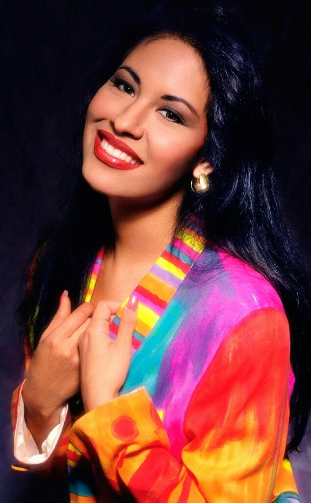 Selena Quintanilla (1971-1995)