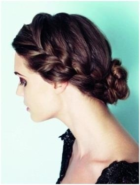 Add a twist to your regular plait with a neat mini-braid.    What do you think about this style?