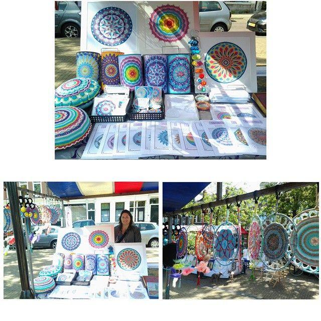 Showing my mandala creations on the art and curiosa market on Pijnackerplein in Rotterdam!  #mandala #embroidery #patterns #mandaladesign #mandalart #market #art #rotterdam #droomcreaties #instagram #instadaily #instalike