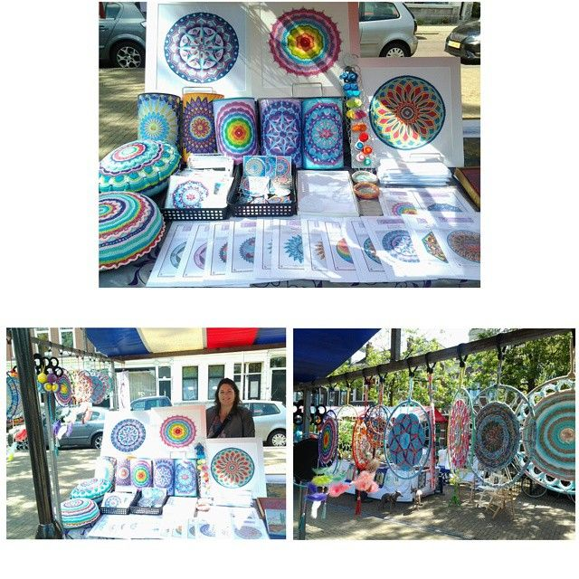 Showing my mandala creations on the art and curiosa market on Pijnackerplein in Rotterdam!  #mandala #embroidery #patterns #mandaladesign #mandalart #market #art #rotterdam #droomcreaties #instagram #instadaily #instalike