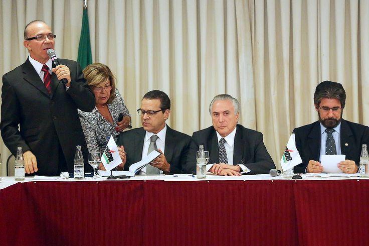 Executiva Nacional, parlamentares e diretórios reforçam apoio a Michel Temer