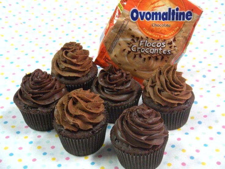 Buttercream de ovomaltine mais uma opção de cobertura deliciosa para seus cupcakes, bolos e tortas. Veja a receita na integra e experimente!!!