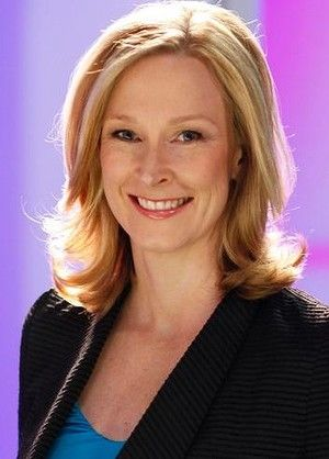 ABC stars unite to save Lateline from the axe.  Former host of Lateline, now 7.30, Leigh Sales.