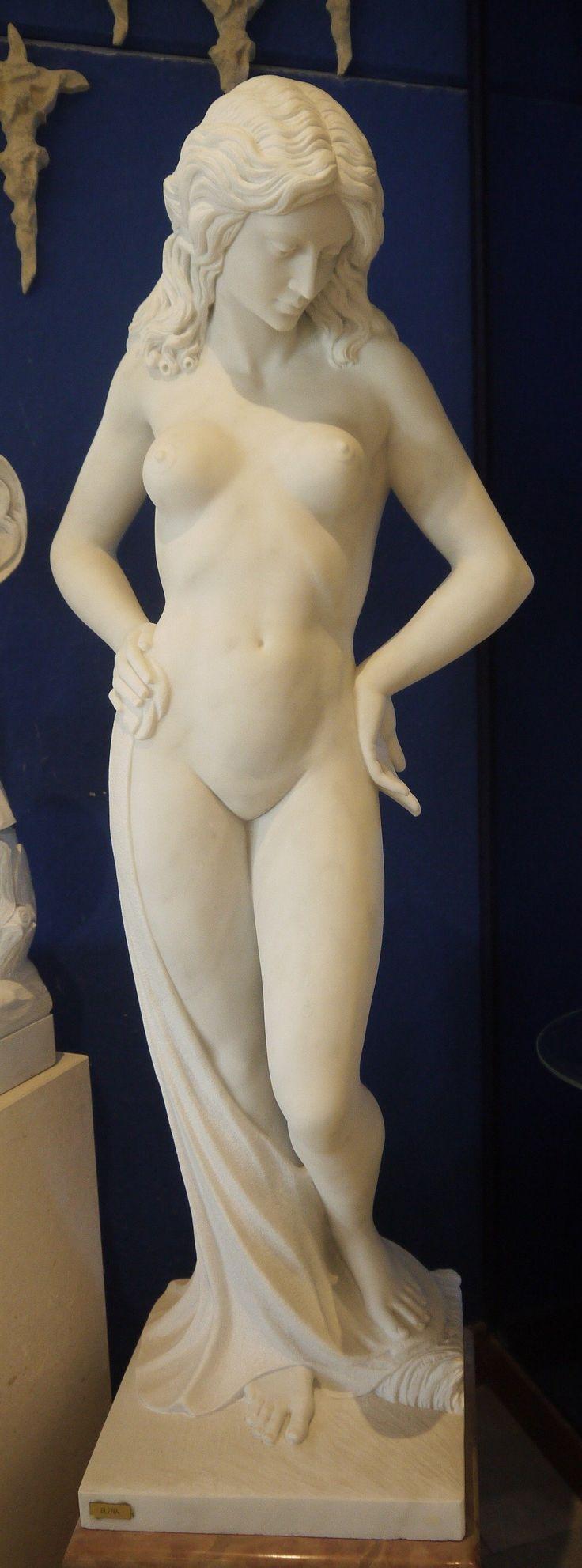 """Scultura in marmo Elena - http://www.achillegrassi.com/it/project/scultura-elena-in-marmo-bianco-carrara-levigato-con-basamento-in-marmo-rosso-asiago-lucido/ - Scultura """"Elena"""" in Marmo bianco Carrara levigato con basamento in marmo Rosso Asiago lucido Dimensioni:  50cm x 50cm x 210cm (H)"""