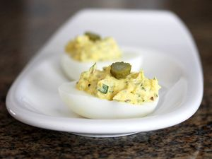 ... Deluxe, 12 Delicious Deviled Egg Recipes: Deviled Eggs With Tarragon