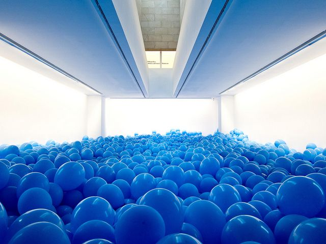 installation by martin creed entitled 'half the air in a given spaceArtists, Spaces, Make Art, Surprise Party, Contemporary Art, Art Installations, Balloons, Room, Martin Creed