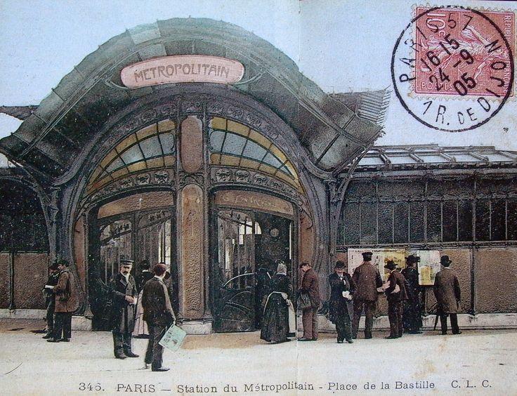 Hector Guimard. Station du Metropolitain. Paris 1898-1901
