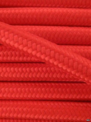 BRIGHT RED | fabric lighting flex cable | ROUND