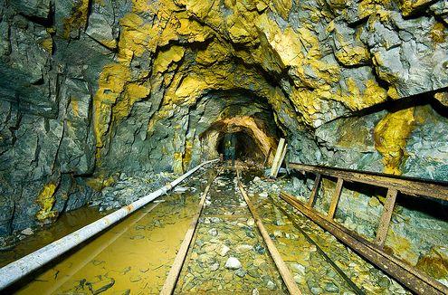 Gold Mine - VL Au Collection http://www.victorialekach.com/#!au/enhx2