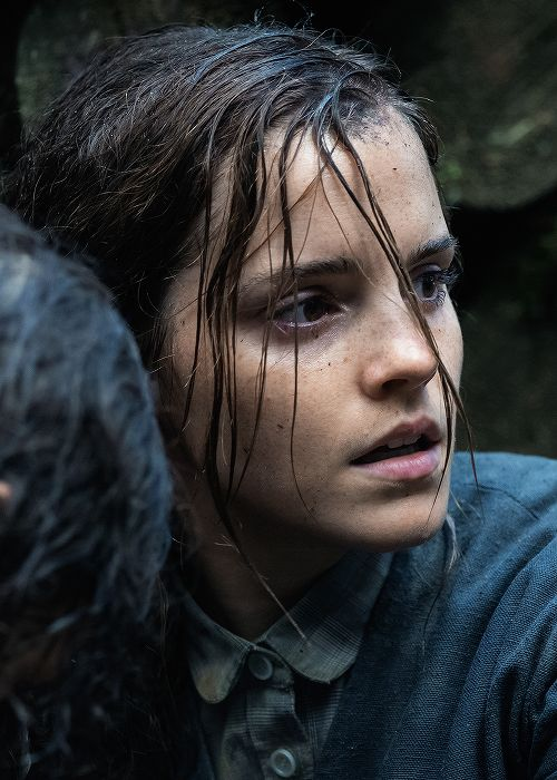 New still of Emma Watson as 'Lena' in Colonia (2015)