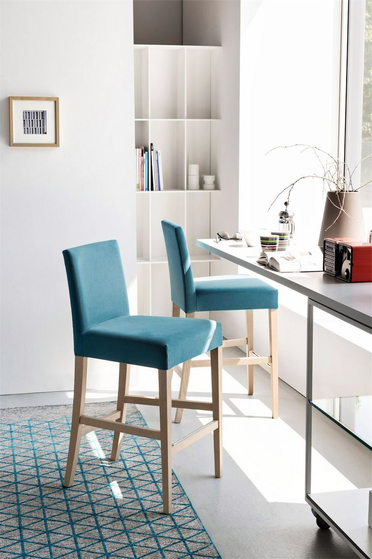306 best calligaris images on pinterest dining tables for Dining room sets with matching bar stools