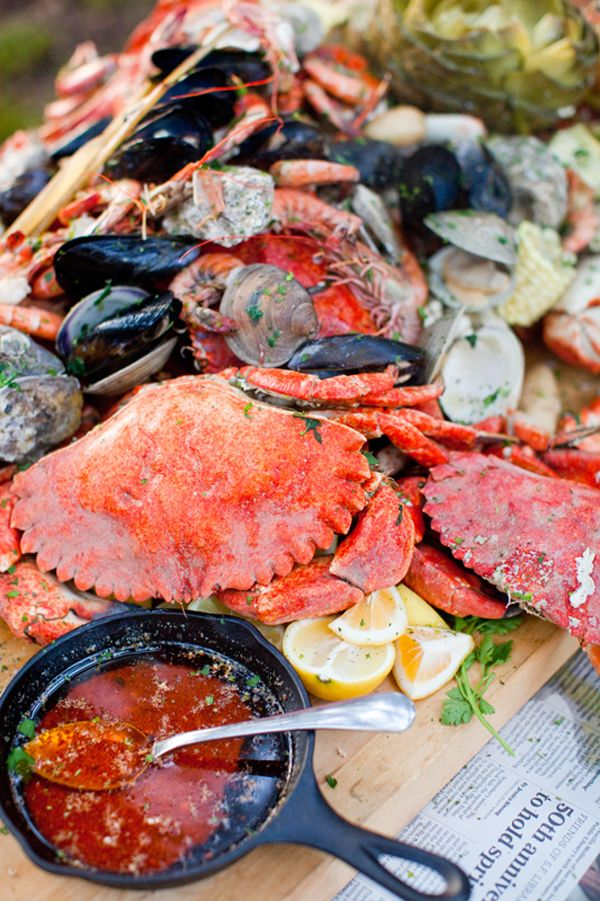 seafood: Clams Baking, Crabs Feast, Summer Food, Crabs Boiled, Seafood Feast, Parties, Sea Food, Seafood Boiled, Rehear Dinners