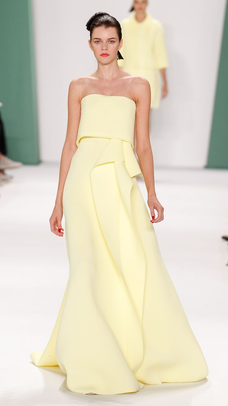 Prettiest dresses of NYFW: Carolina Herrera Spring/Summer 2015 via @stylelist | http://aol.it/1BKzrAH