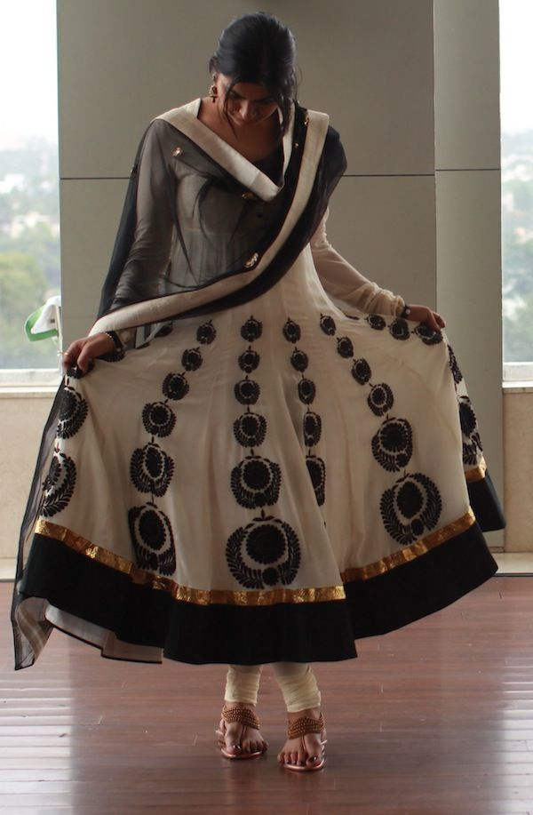 India Reception outfit. Anarkali. The material is gota, silk and chiffon. http://haveheartdaily.com