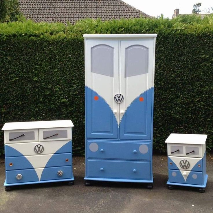 VW drawers, cabinet