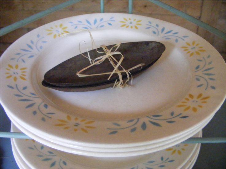 Erg leuke borden die zo uit grootmoederskastje komen, Met zachte pasteltinten.