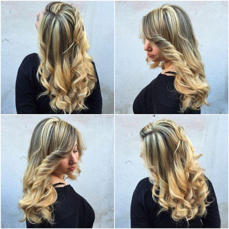 ultra blond with gradient effect final. ✨  #bitchplease #hairbyme #ultrablonde #haircolor #hairstylist #hairdresser #hardwork #hardsaturday #blonde #blondehairdontcare #blonder #platingold #golden #gold #goldenhair #hair #haircut #hairwaves #waves #curling #curler #hairbest #hairlove #haircandy #hairblonde #haircolor #lovely