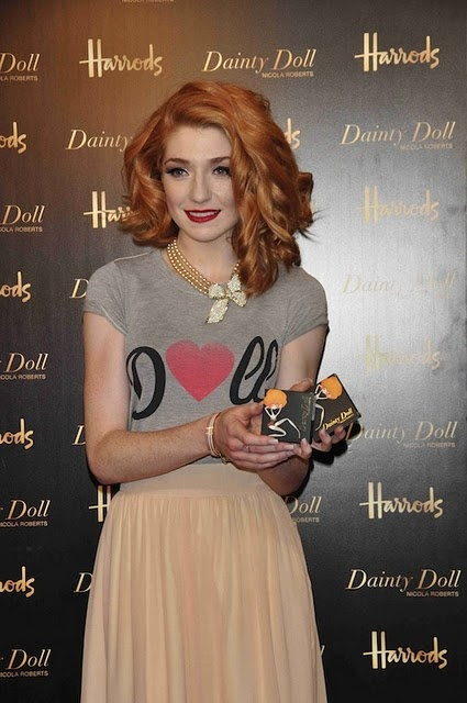 Nicola Roberts - love the necklace and her hair