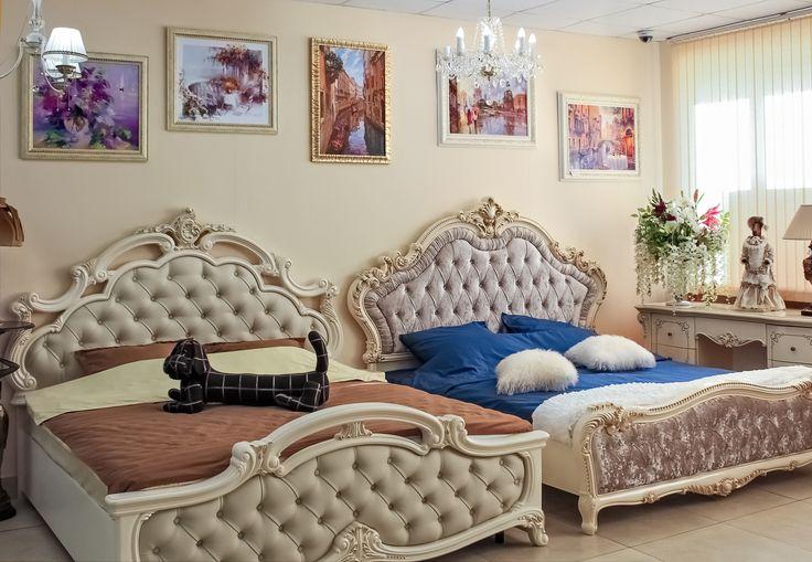 Роскошные спальные гарнитуры