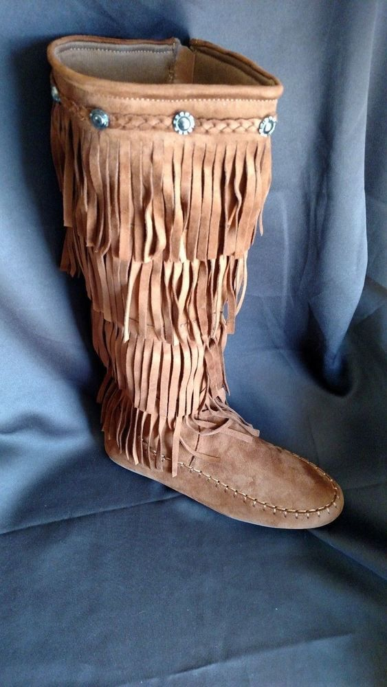 Moccasin Fringe Boots Tan New in Box Size 6 #MaccasinFringeBoots #Fringe #Casual
