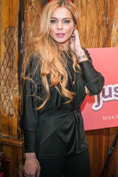 Lindsay Lohan no quiere oír hablar de sus hermanastros -> http://www.cosmopolitantv.es/noticias/1933/lindsay-lohan-no-quiere-oir-hablar-de-sus-hermanastros