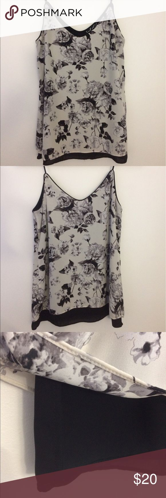 424 FIFTH Floral Double Layer Cami 424 FIFTH by Lord & Taylor neutral floral colored cami. Perfect on it's own or under a jacket. Soft polyester double layer georgette, with tiny piping detail and skinny straps. Mint condition. Machine washable! Lord & Taylor Tops Camisoles
