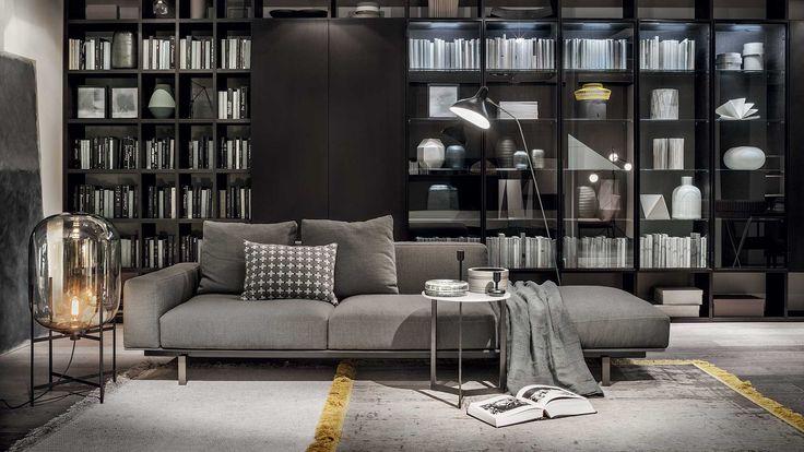 L'idea di divano sistemico trova in questo progetto di Francesco Rota la sua massima espressione coniugando la modularità dell'imbottito a